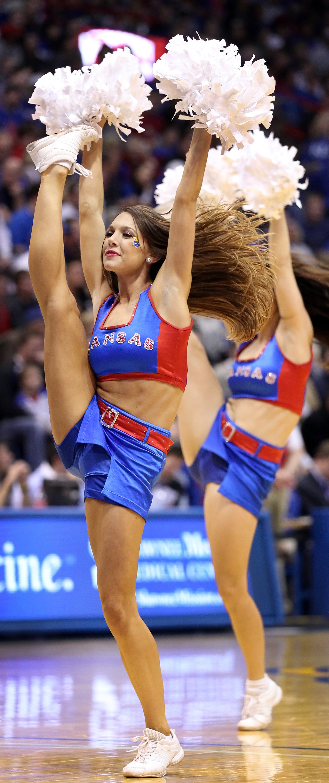 Cheerleader High Kicks