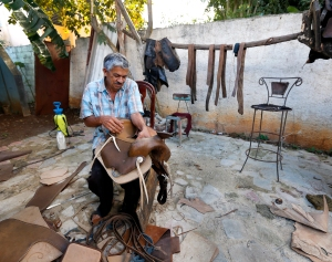 Saddle_Maker1_12162012