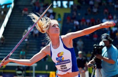 Lindsay Vollmer unleashed a personal best throw in the javelin during the heptathlon competition.