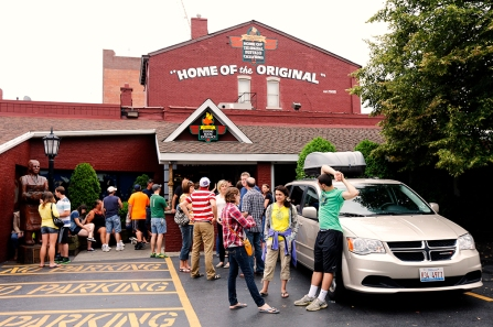 The line outside the Anchor Bar, the home of the original chicken wings.