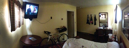 The best room of the trip. Straight out of the 60's, the Hermann Motel.