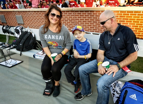 Shanda, Cole and Steve Hayden on the sidelines before KU's game against Oklahoma - October 29, 2016